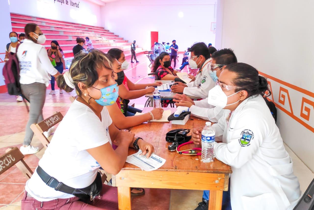 Confirman 332 nuevos casos de Covid-19 en un día en Oaxaca; es la cifra más alta registrada en 2021
