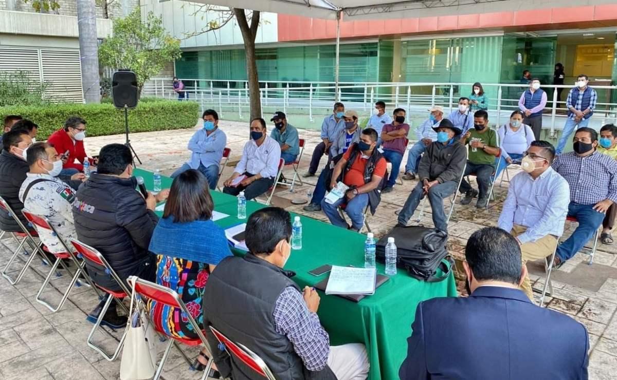 """Pobladores de Textitlán retienen a personal de la fiscalía, SSP y Guardia Nacional; gobernación llama """"a la civilidad"""""""