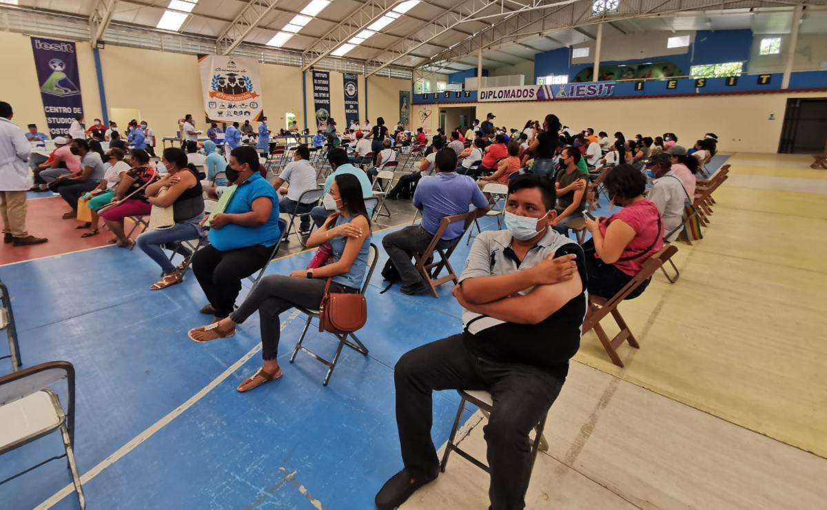Comienza vacunación para personas de 30 a 39 años en el Istmo de Tehuantepec