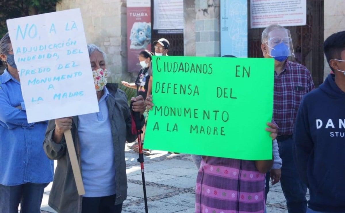 Vecinos de la ciudad de Oaxaca se organizan para defender el Monumento a La Madre; acusan privatización y daño ambiental