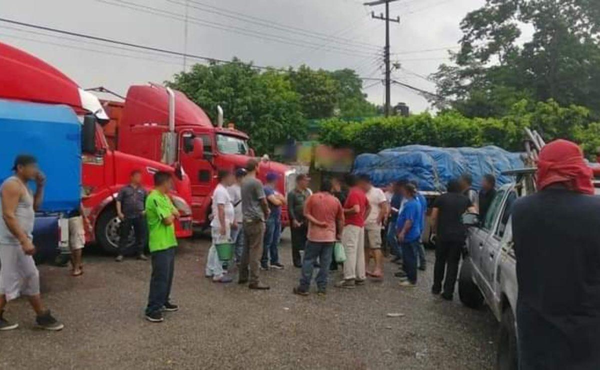 "Comunidades ""castigan"" a mixes de San Juan Mazatlán y los encapsulan; Istmo suma 8 días de bloqueos"