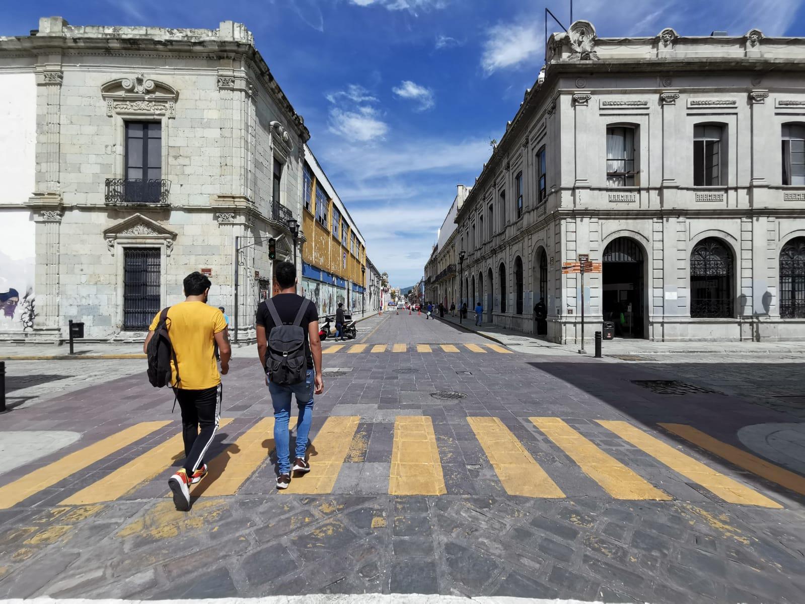 Disminuyen ligeramente casos activos y ocupación hospitalaria por Covid-19 en Oaxaca; continúa semáforo naranja