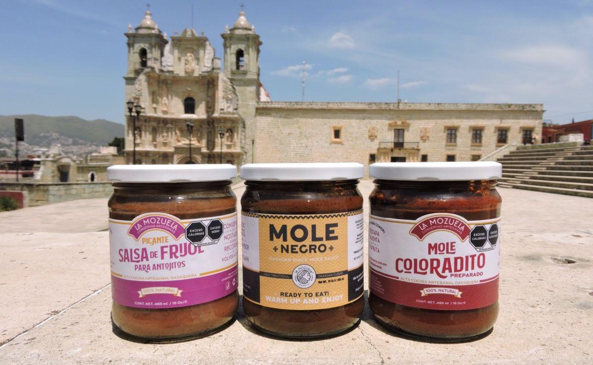 Tras un inesperado éxito del mole tradicional entre los veganos, empresa de Oaxaca resiste a la crisis