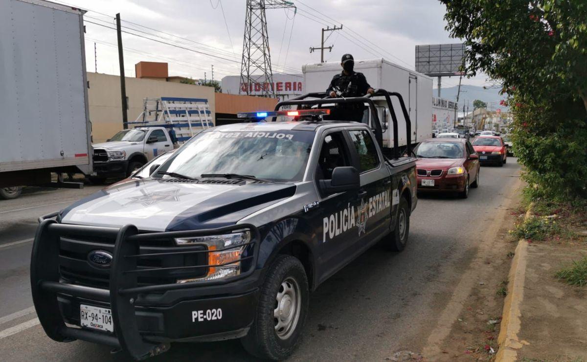 Escalan reclamos de transportitas por contrato en obras de Símbolos Patrios, en la ciudad de Oaxaca