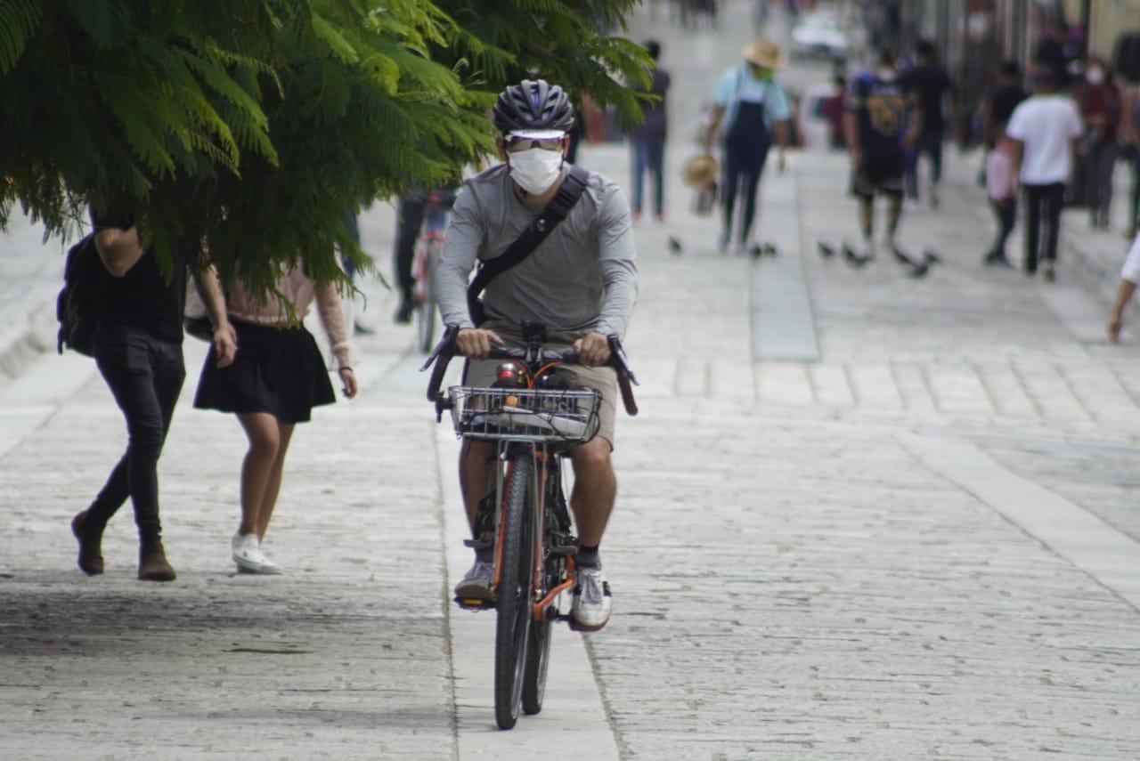 Reportan 2 mil 536 casos activos de Covid-19 en Oaxaca; confirman semáforo naranja hasta 22 de agosto