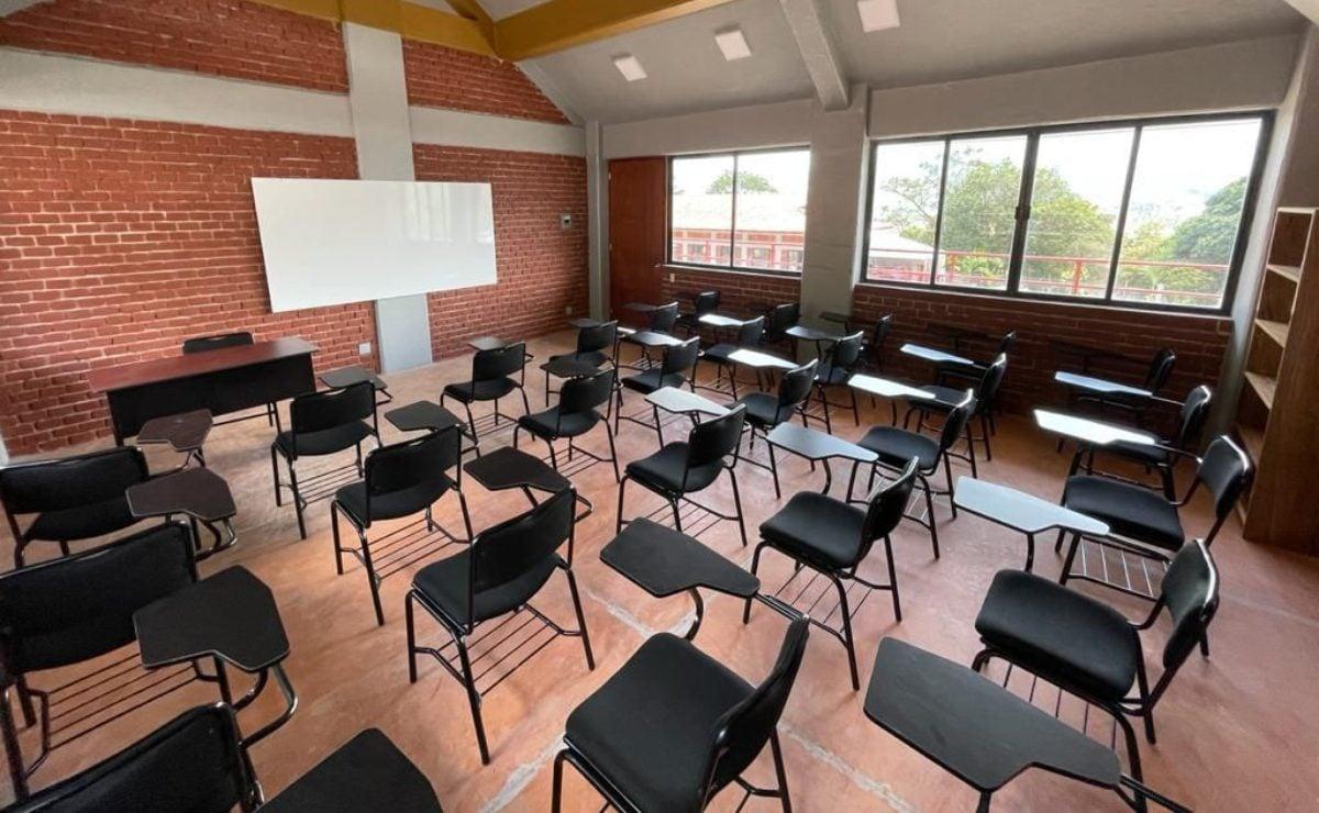 Universidad Bienestar de AMLO en Oaxaca, niega reinscripción a 16 alumnos; juez ordena aceptarlos