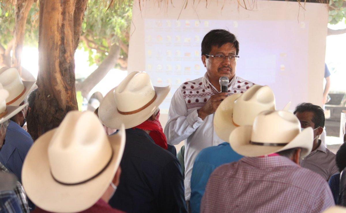 INPI desistió en despido de promotores indígenas, pero les bajó el sueldo y no los reconoce como empleados