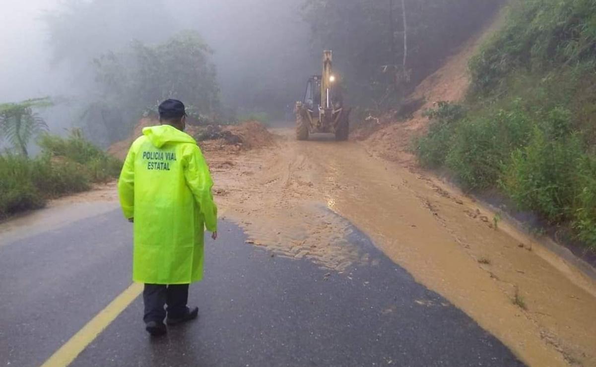 Lluvias dejan incomunicadas a comunidades de la Cuenca de Oaxaca; desde el Congreso piden atención