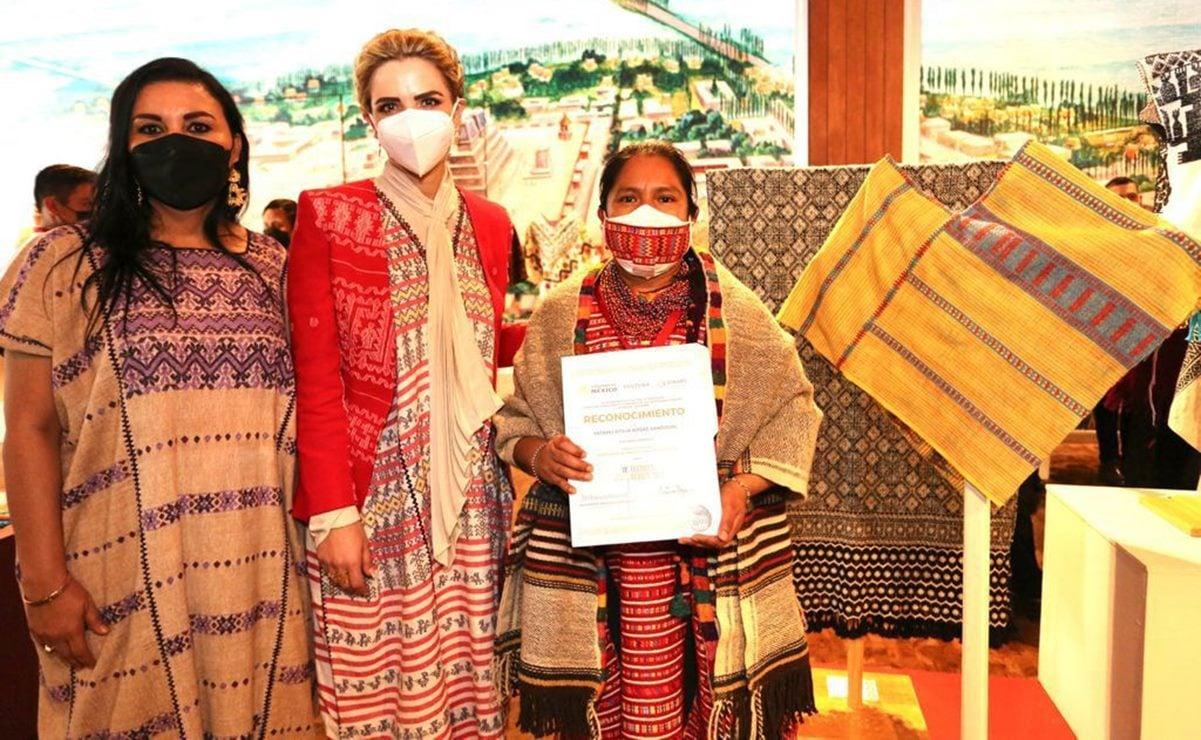 """Recibe Oaxaca """"Botón de algodón"""", galardón del IX Premio Nacional de Textiles y Rebozos"""