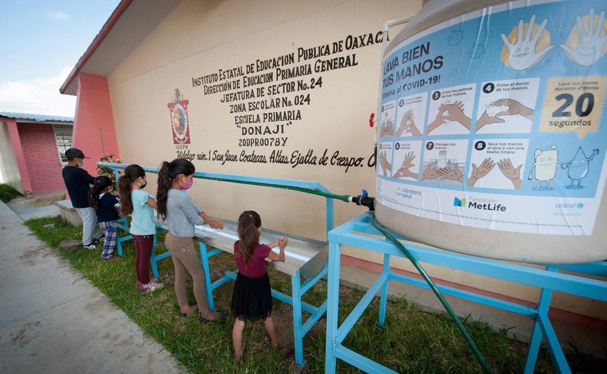 Por regreso a clases, instala Unicef 100 estaciones de lavado de manos en 78 escuelas de Oaxaca