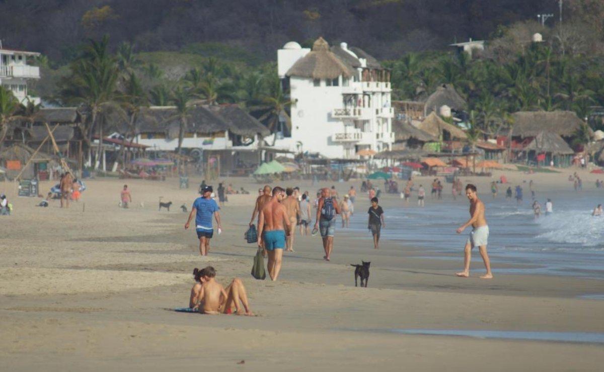 Puerto Ángel y Zipolite pasan de semáforo rojo a naranja por Covid-19, hasta nuevo aviso