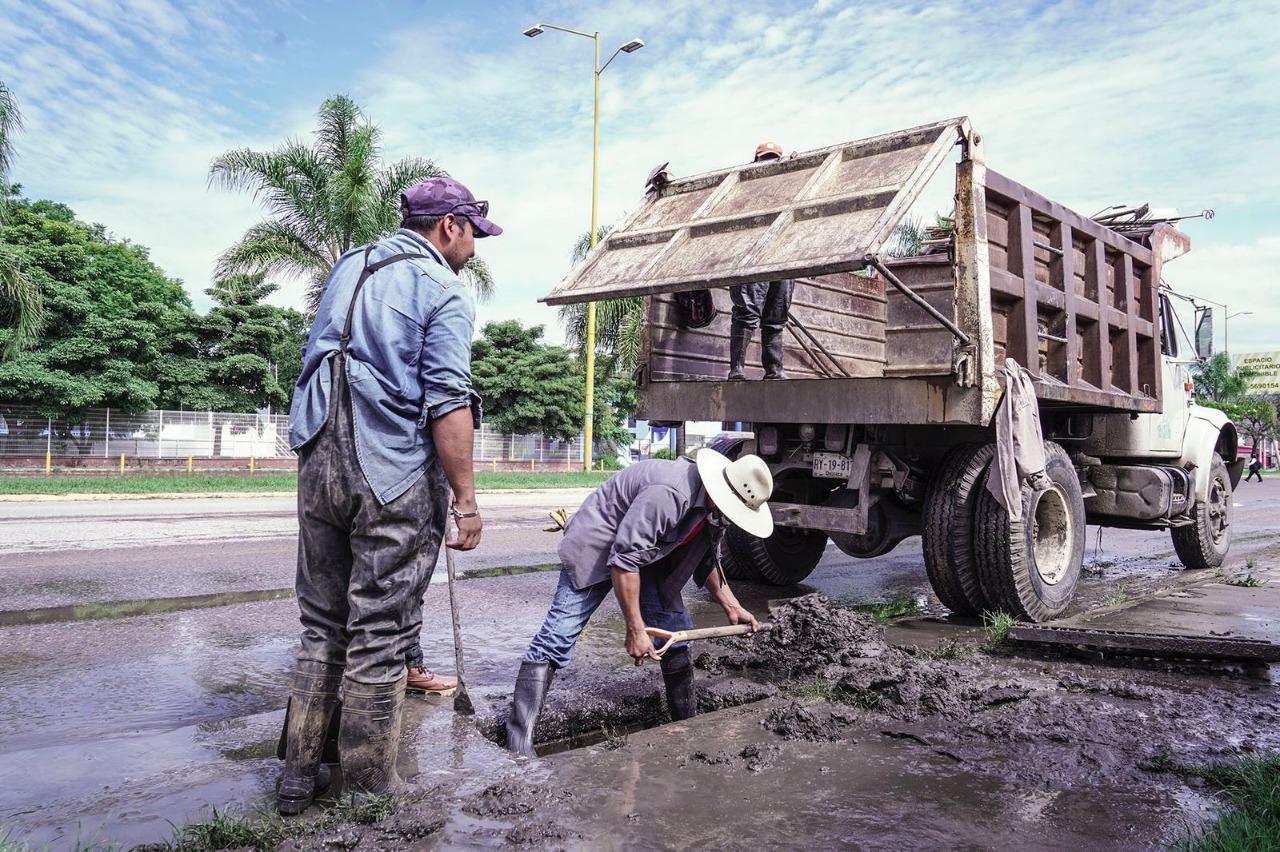 Activan supervisión emergente de alcantarillado de la ciudad de Oaxaca, tras inundaciones por lluvias