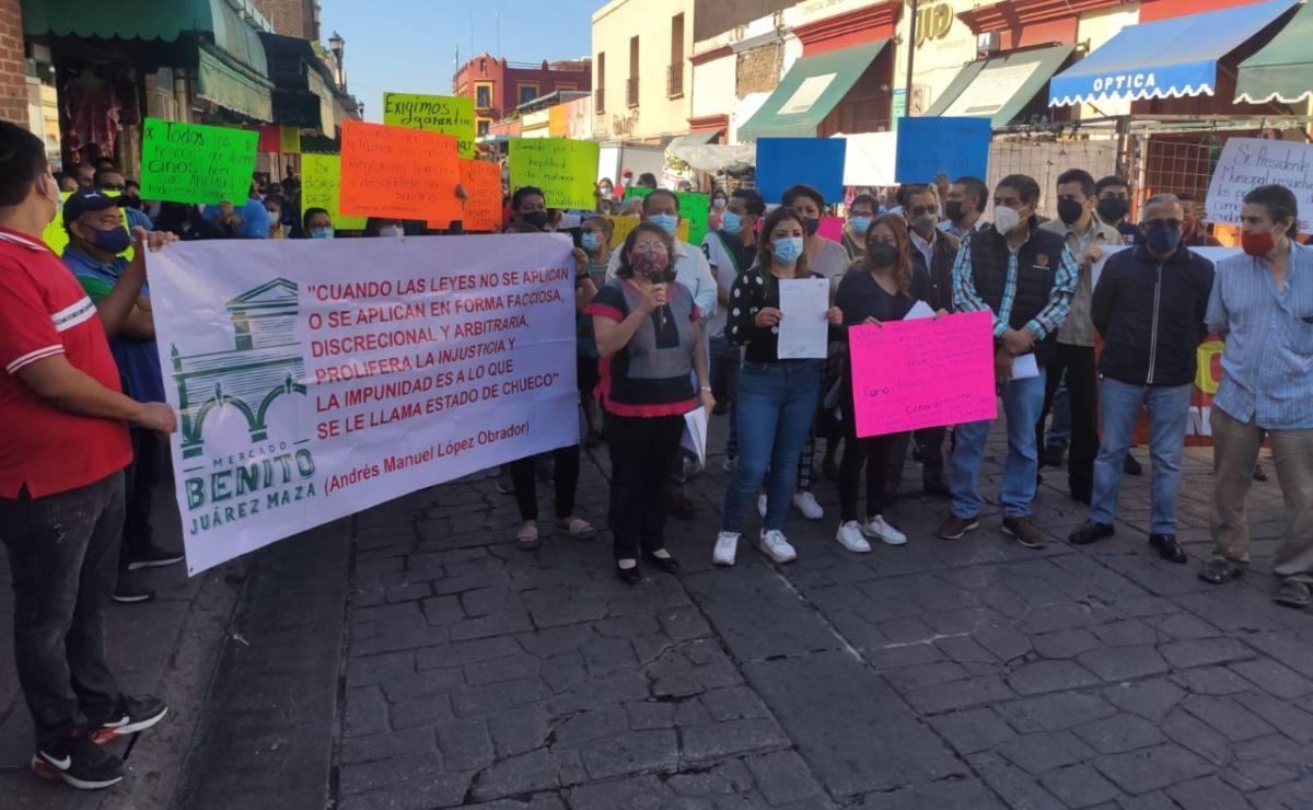 Comerciantes del Mercado Benito Juárez urgen al municipio de Oaxaca a resolver ambulantaje y falta de servicios