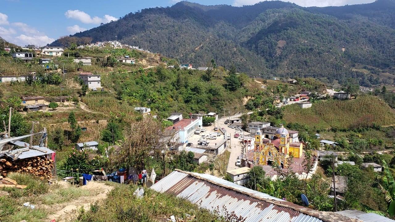 Tras acuerdo, pobladores de Coicoyán de las Flores, Oaxaca, liberan a 12 trabajadores de CFE