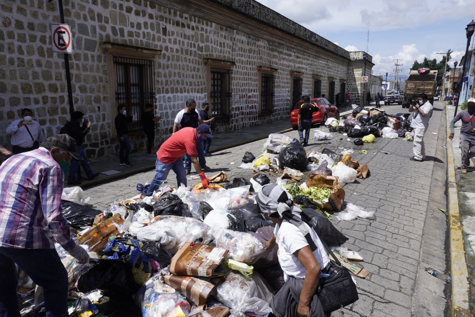 Por conflicto en Zaachila, no habrá recolección de basura en ciudad de Oaxaca hasta nuevo aviso: municipio