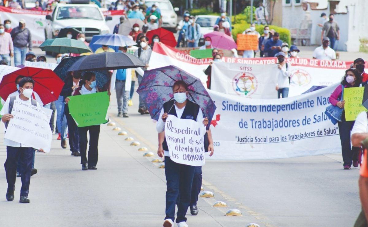'Cargan' SSO con gastos de 220 comisionados sindicales en Oaxaca; le cuestan 5.4 mdp al mes