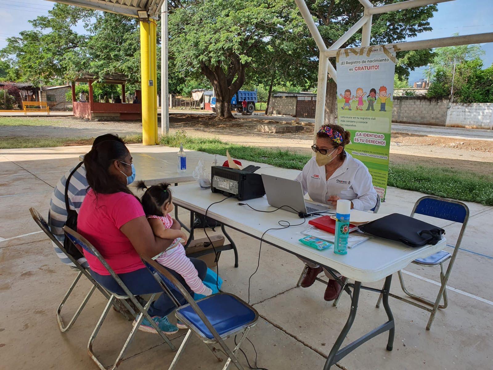 Alistan campaña de registros de nacimientos gratuitos en la Cañada y Costa de Oaxaca