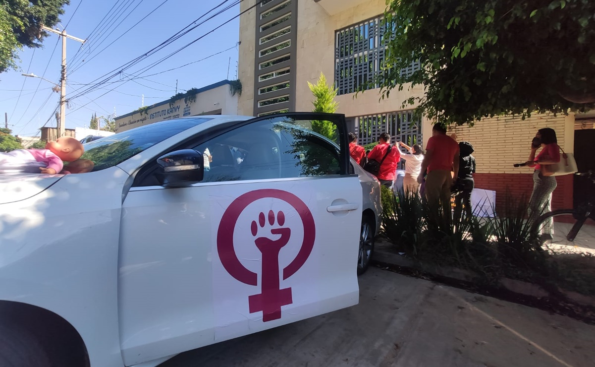 Por segundo día, recorre Patrulla Feminista trabajos y domicilios de deudores alimentarios de Oaxaca