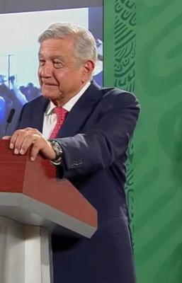 """Dinero que voló en Tuxtepec, Oaxaca, ejemplo de defensa del voto, ante """"actos de mapachería"""": AMLO"""