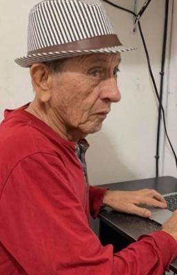 Con videos de YouTube, un profesor de 81 años y su hija enseñan zapoteco para conservar la pronunciación original