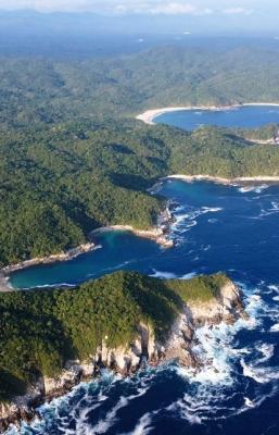 ¿Cuántas bahías hay en Huatulco y cómo se llaman?