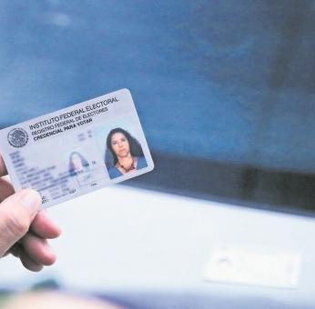 ¿Cómo tramitar la reimpresión de la credencial del INE 2021?