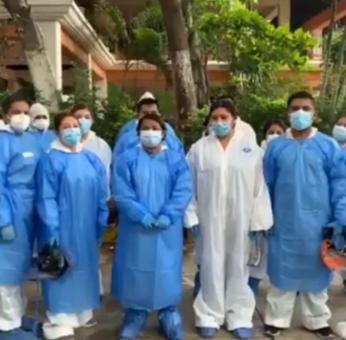 Personal médico que enfrentó la pandemia en Oaxaca buscará a AMLO ante incertidumbre laboral