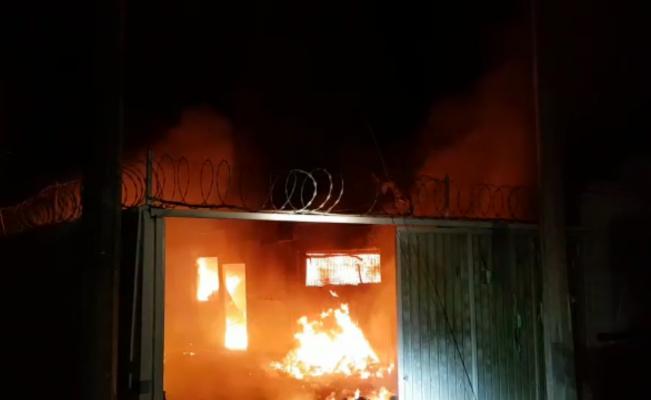 Instalaciones del INM incendiadas en Tapanatepec