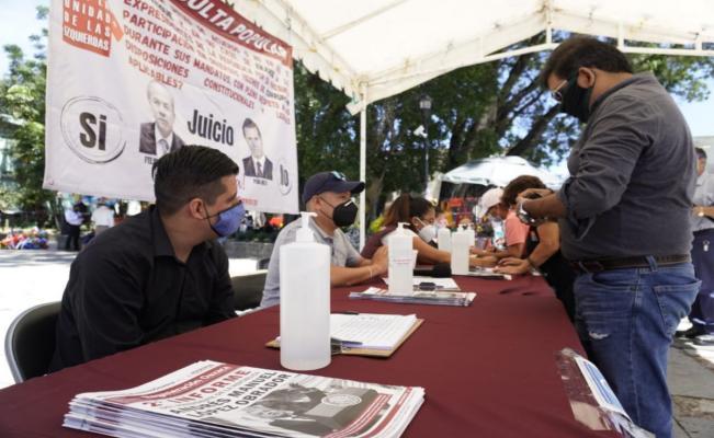 En Oaxaca, Morena irá casa por casa recolectando firmas para enjuiciar a expresidentes