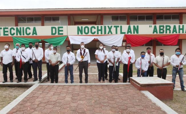 Inaugura Murat primera Universidad Politécnica en Oaxaca, en honor a las víctimas de Nochixtlán
