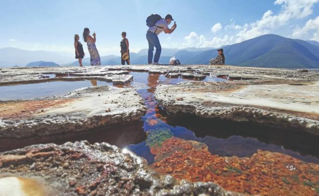 Pese a disputas, falta de recursos empujó a pobladores a la reapertura de Hierve el Agua