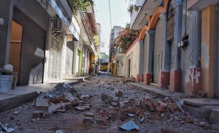 Reportan daños en mil casas por sismo en Pinotepa Nacional