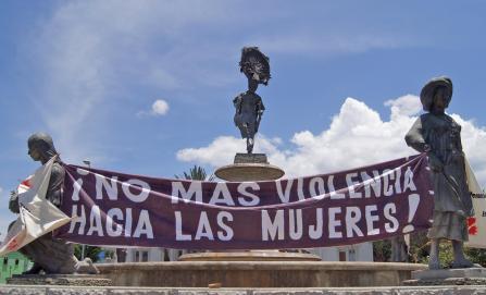 Crece condena y exigencia de justicia por doble asesinato de mujeres en Juchitán