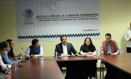 Solicita universidad de Oaxaca presupuesto justo a la LXIV Legislatura