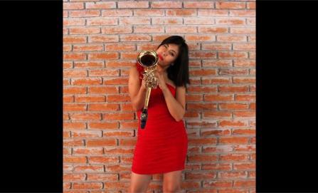 Ataque con ácido a saxofonista se indaga como delito por razón de género