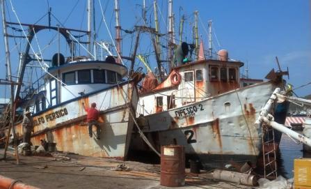 Escasez de diésel marino deja varados a pescadores