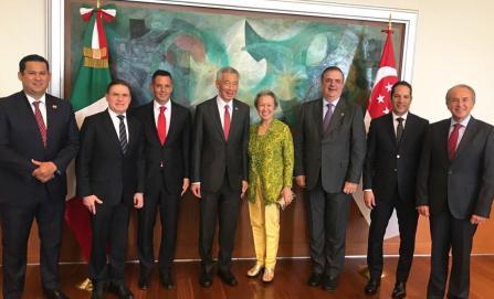 Por Corredor Interoceánico, se reúne Murat con Primer Ministro de Singapur