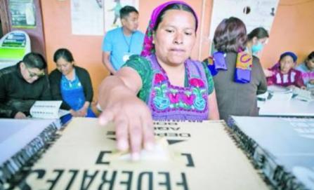 Seis municipios de usos y costumbres eligen a mujeres como presidentas municipales