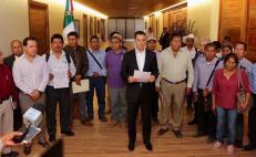 Firman acuerdo para terminar crisis del agua en Ayutla