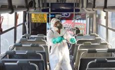 Por riesgo de de coronavirus reducen servicio de transporte público y sanitizan autobuses en la capital oaxaqueña