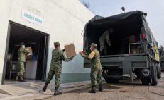 Llega a Oaxaca cargamento de insumos médicos; serán repartidos por el Ejército a hospitales
