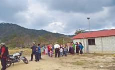 """En abandono, indígenas zoques piden ayuda por muertes de """"causas desconocidas"""""""