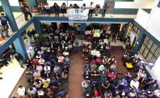 Casi 700 alumnos de la UABJO, en riesgo de perder 2 semestres y lugares ganados en universidades