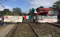 Campesinos de 3 municipios de Oaxaca protestan contra el  Interoceánico; exigen información sobre sus impactos