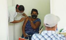 Reportan filas en Salina Cruz más de 12 horas antes de arranque de vacunación antiCovid en el Istmo