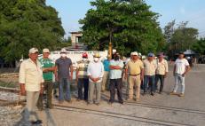 Frenan, otra vez, trabajos del Interoceánico; pobladores de Comitancillo exigen obras sociales