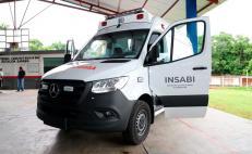 Gobierno de Oaxaca e Insabi entregan 5 ambulancias a comunidades que atraviesa Corredor Interoceánico