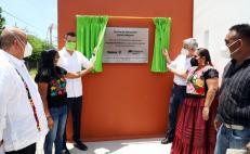 Inaugura Murat 3 escuelas reconstruidas con IP a 4 años de sismos en Oaxaca; trabajan en 50