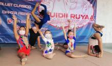 Niñas zapotecas representan a Juchitán, Oaxaca, en competencia nacional de gimnasia rítmica
