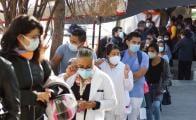 Registra Oaxaca 897 casos activos de Covid-19, en el primer día de vacunación a personal de Salud